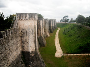 The Provins moat.