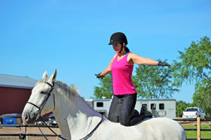 I make my vaulting debut with a not-so-impressive kneel!
