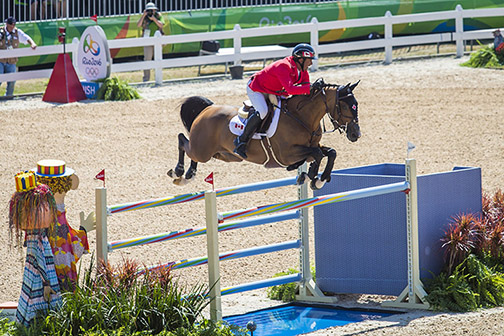 Yann Candele and First Choice 15 finished three rounds with eight faults and qualify for the individual final.