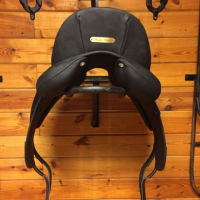 "17"" Antares Monoflap Dressage Saddle"